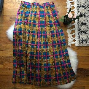 Dresses & Skirts - VINTAGE plaid pleated skirt bright colors